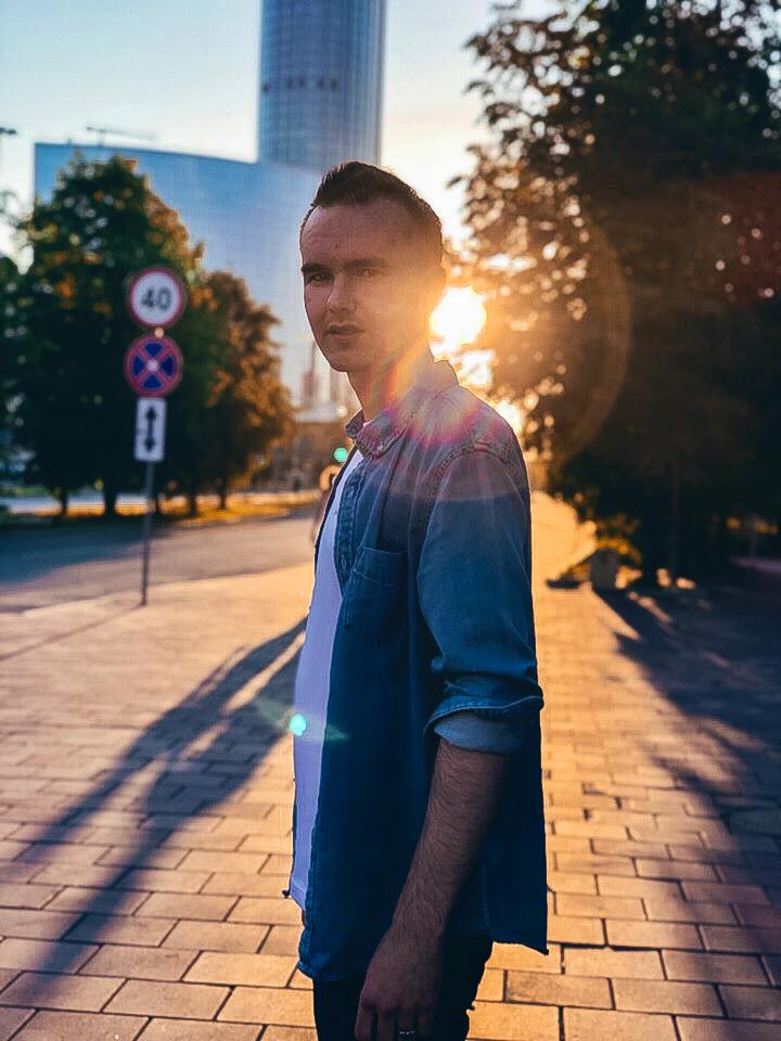 Антон Смирных